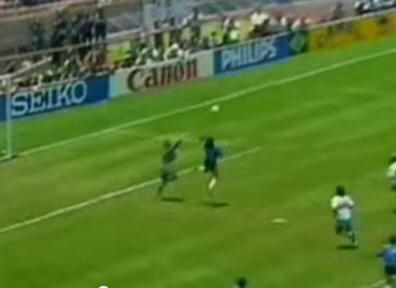 Kommer ett hands-mål bli godkänt i Fotbolls VM?