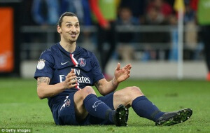 Se PSG med Zlatan, Barcelona och Man United vänskapsmatcha inatt